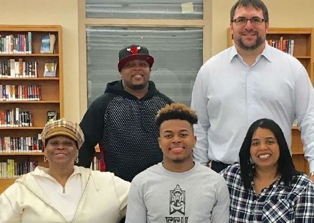 Zahveae Thorne signs to Play Football at East Stroudsburg